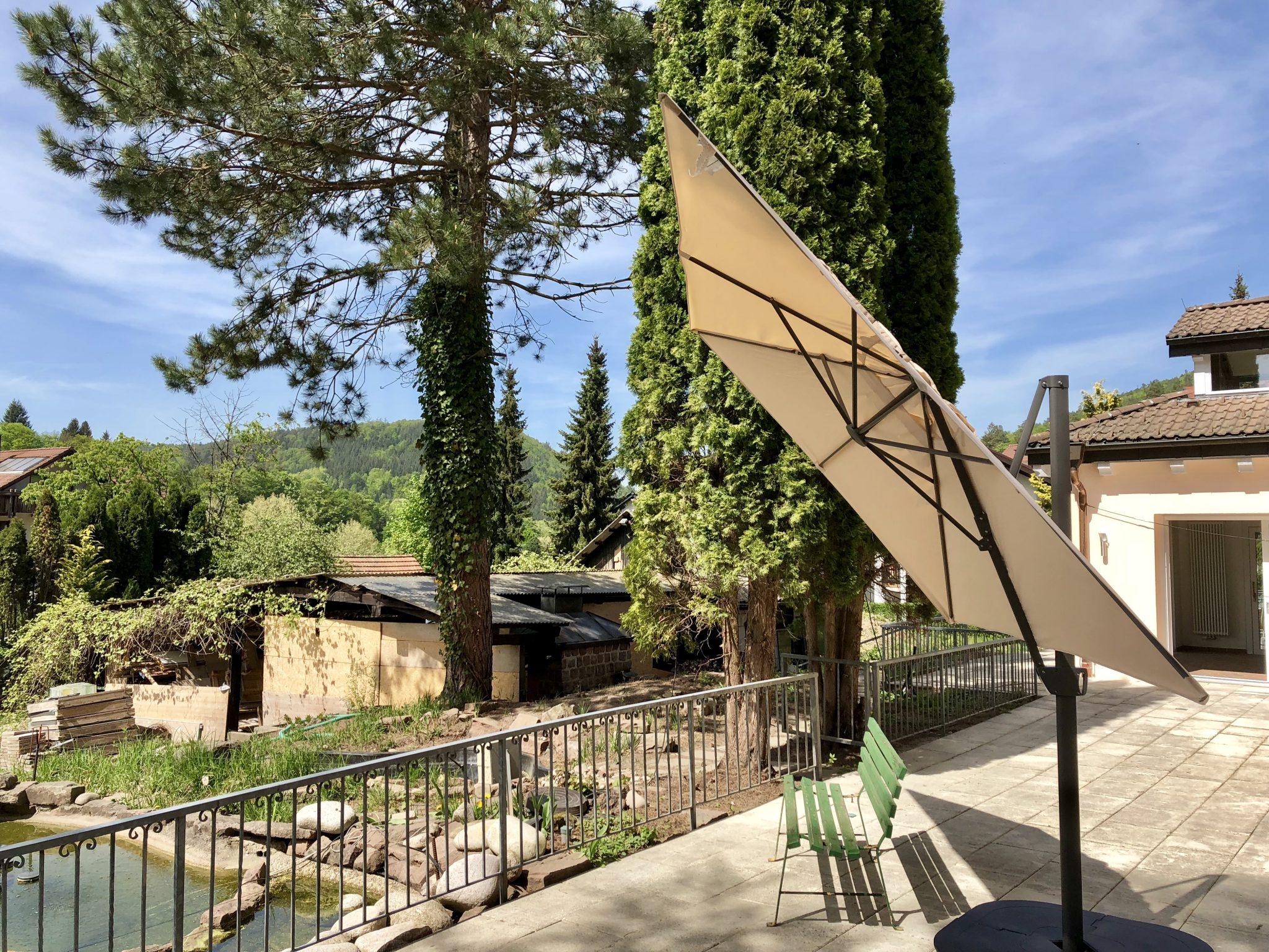 Sonnenschirm Garten Albtal-Residenz